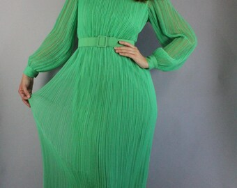 Vintage 60s 70s Women's Bright Green Grecian Fine Pleats Long Sleeve Maxi Mod Casual Party Wedding Guest Dress