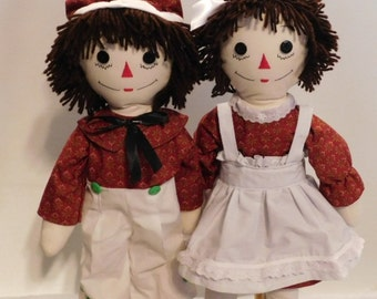 Handmade 26 inch Raggedy Ann and Andy dolls, Brown hair, Cranberry with Floral Print Clothes accessorized in white, doll set, classic dolls