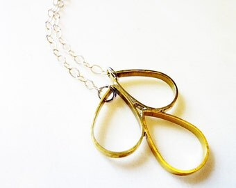 Outline Brass Teardrops, Soldered Metal, Pear-Shaped Pendant, Droplets, Falling Raindrops Necklace