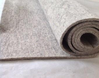WOOL FELT - Light Grey (817) - 3mm thick