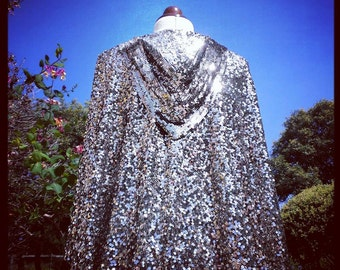Glamorous 1920s Sequin Cape. 20s Silver Capelet on tulle. Flapper, Jazz Age, Art Deco era.