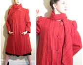Vintage 1970 1980s Pauline Trigere Coat in Red Fuzzy Wool / 70s 80s Button Down Wool Coat / Large