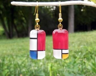 Mondrain earrings, color block earrings, art earrings, small glass earrings, geometric earrings, 1930, red white blue yellow, mod