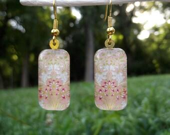 William Morris earrings, hyacinth earrings, small glass earrings, arts and crafts earrings, flower earrings, pink, white, floral, 1917