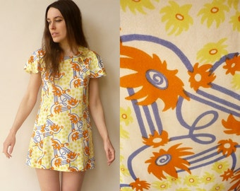 1970's Vintage Bohemian Flutter Sleeve Printed Babydoll Mini Dress Size XS