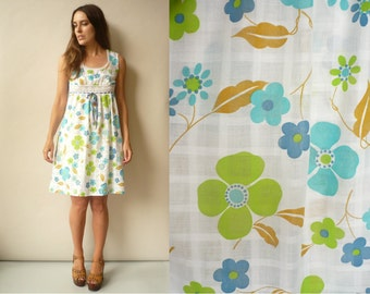 1970's Vintage Hippie Psychedelic Floral Print Mini Nightdress Babydoll Dress Size Small