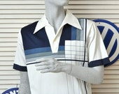 Vintage Mens Shirt 80s 70s/Abstract Striped Pattern/White Gray Blue/Short Sleeve/Leopold Price & Rolle/Medium Textured Polyester Costume