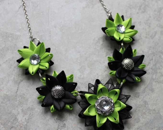 Lime Green Jewelry, Lime Green Necklace, Apple Green Necklaces, Lime Green Wedding Jewelry, Bright Green and Black Necklace, Earrings Set