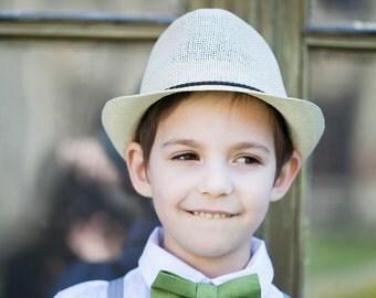 Green linen bow tie - Boys pre tied bow tie - Olive green linen bow tie - Toddler bow tie - Ring bearer bow tie - Man bowtie - Groom bow tie