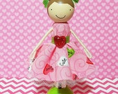 SweetHeart Meredith Miniature Wooden Clothespin Doll