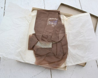 1960s NOS Matchmakers Seamless Thigh High Stockings in Box, Size 10 1/2 Long