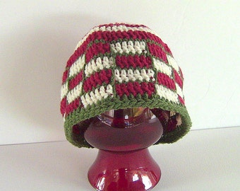 CLEARANCE SALE, Beanie, Red Plaid Beanie, Crocheted Plaid Beanie, Red and Green Plaid Hat