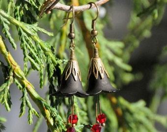 Tiny Songstress Red and Black Vampire Flower Earrings