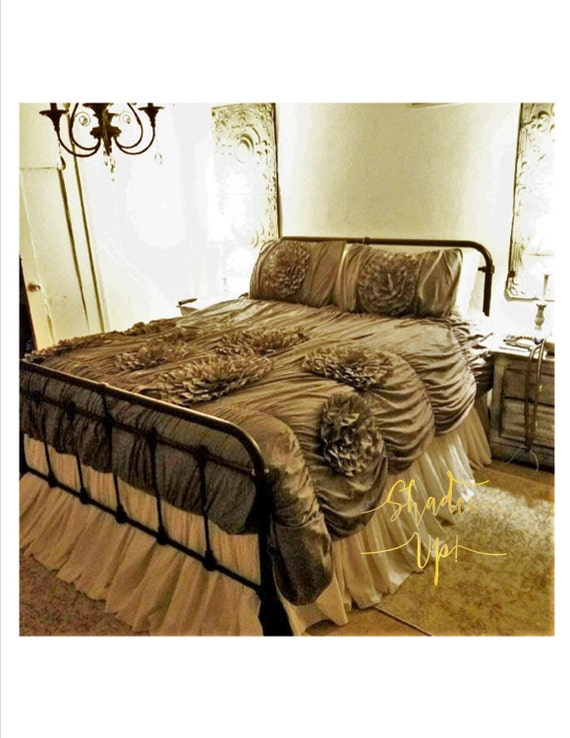full size gathered dust ruffle bed skirt in 100 by shadesupandco. Black Bedroom Furniture Sets. Home Design Ideas