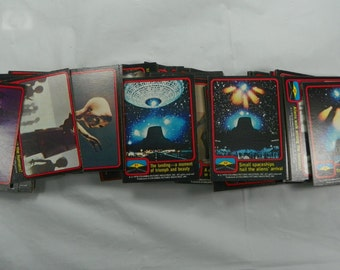 Vintage 1978 Close Encounters of the Third Kind Columbia Pictures Trading Cards with 6 Stickers
