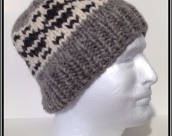 """Vintage Canadian Style Wool Toque """"Saucers"""""""