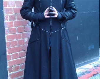Cyborg 1214 Mens full length wool Coat Size M / Cybergoth