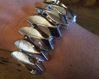Vintage Silver Tone Wide Link Bracelet