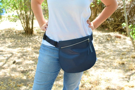 Leather waist bag,Belt bag,hip leather bag,fanny pack leather,navy blue bag,hip belt bag,rider bag,red leather fanny,zipper waist,blue purse