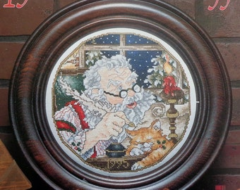 Stoney Creek Collection 1995 SANTA CHRISTMAS PLATE - Counted Cross Stitch Pattern Chart