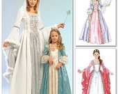 Girls Georgian Gown Costume Pattern McCalls 5731 (Girls sizes 3-4-5-6-7-8)
