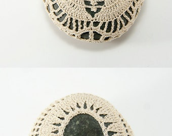 Crochet stone, beach rock, flower, beach wedding, ring bearer pillow, tabletop decor, home decor, natural thread, bowl element, mothers day