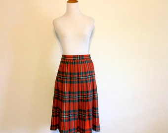 Red / Green Tartan Plaid Skirt - Vintage Pleated Wool Skirt - Size Small