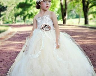 flower girl dress, vintage flower girl tutu dress, Ivory and lace