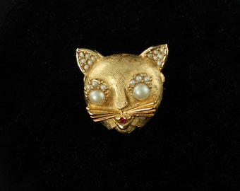 Vintage Signed Ciner Cat Brooch Pin with Pearl and Rhinestone Accents