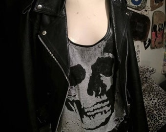 Trashed Super Low Cut Rocker Skull Tank