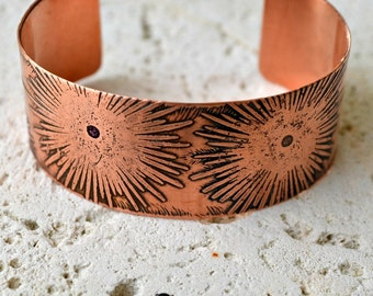 Etched copper cuff bracelet.  dandelion patterned bracelet.  Size small.