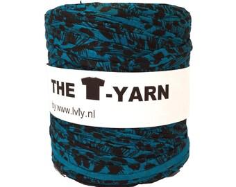 The t-shirt yarn 120-135 yards, 100% recycled cotton tricot yarn, aqua print