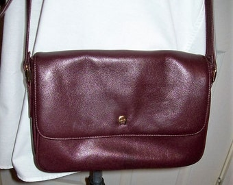 Vintage Ladies Oxblood Leather Shoulder Bag Purse by Etienne Aigner Only 15 USD