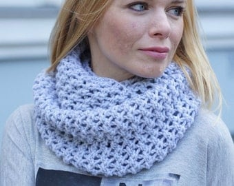 Hand knit chunky women blue cowl spring autumn trends