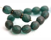 8mm round beads, dark Teal green, luster, Czech glass beads, fire polished, faceted green beads - 15Pc - 0203