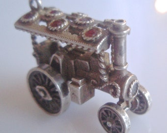Large Nuvo Silver Steam Engine Moving Charm