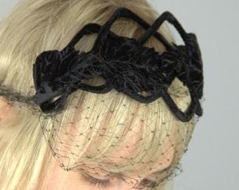 1950s Headband Black Velvet Leaves with Birdcage Crown Hat