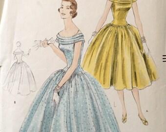 """Vintage 1955 Vogue Misses' Off the Shoulder Dress Pattern 8602 Size 12 (30"""" Bust)"""