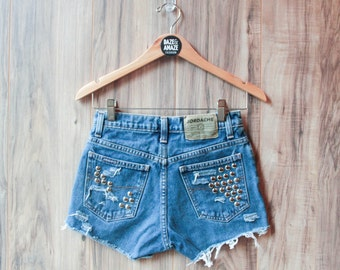 High waist vintage studded denim shorts Size 4   Ripped distressed shorts   Silver studded shorts   Vintage hipster festival denim shorts  