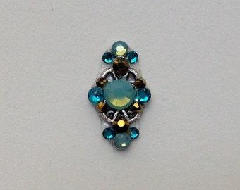 Pacific Opal Scroll Swarovski Crystal Bindi