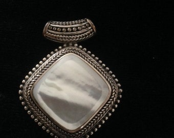 Antique Opal Brooch / Pendant