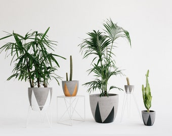 Concrete Planter - Triangle Range - Sizes M, L and XL