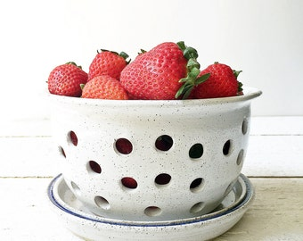 White Ceramic Berry Bowl Colander, handmade stoneware pottery, Food and Kitchen Prep, Ceramic Fruit Bowl, White Pottery