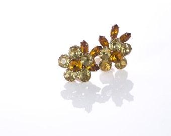 Vintage Rhinestone Daisy Clip Earrings