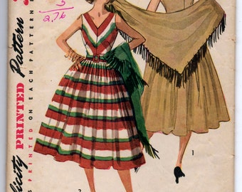"""1950's SImplicity V-Neck Dress and Shawl Pattern - Bust 32"""" - No. 4287"""