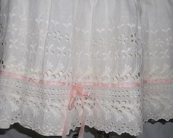 Vintage Eyelet Petticoat, ca 1950s