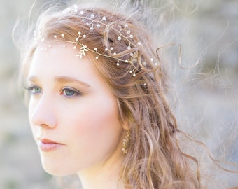 Delicate Leafy Pearl Hair Vine 'Arianne' - LAST ONE - Hand wired Swarovski crystal pearl headpiece - style 018