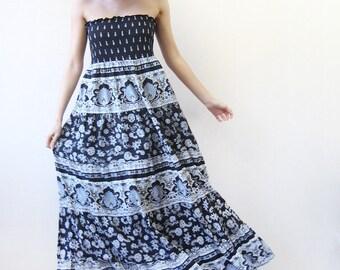 Vintage black white cotton tiered strapless full skirt floor length maxi sun dress Plus Size