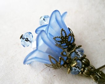 Sapphire Blue Flower Earrings. Lucite Lily Earrings. Blue Bridesmaid Earrings Winter Wedding Jewelry. Antique Bronze Crystal Blue Earrings