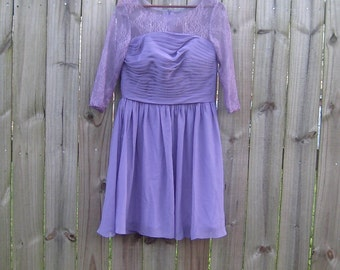 L Large Vintage 80s does 50s Party Purple Lilac Lavender Lace Illusion 3/4 Length Sleeve Fit and Flare Full Skirt Cocktail Party Dress